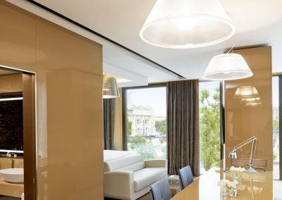 Excelsior_Hotel_Gallia_Photo_Art_Suite